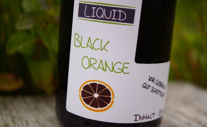 Ein dunkles Liquid für das Karpfenangeln mit Boilies: Black Orange.