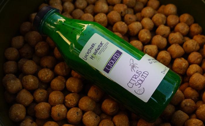 Citrus Squid Liquid für das Angeln auf Karpfen mit Boilies.