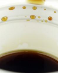 Die Basis Deines Boilie Dips bestimmt die Eigenschaften - und lässt die Farben zur Geltung kommen.